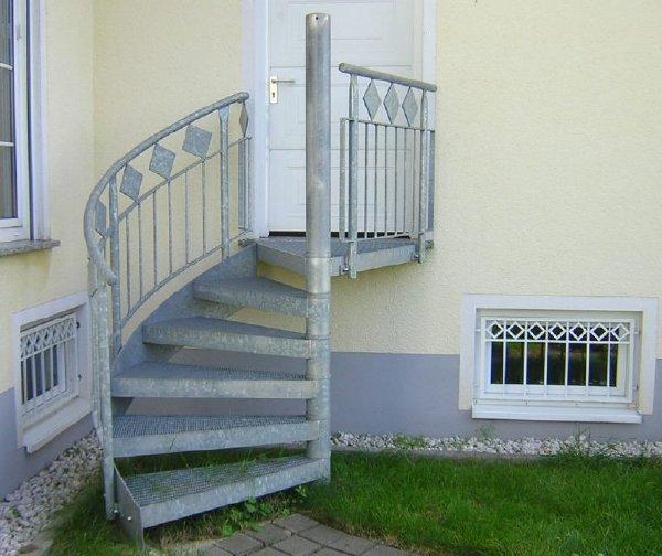 aussen treppe. Black Bedroom Furniture Sets. Home Design Ideas